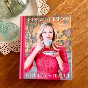📚 Whiskey in a Teacup by Reese Witherspoon